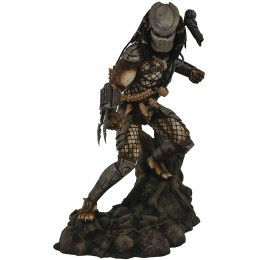 Diamond Select Toys Jungle Predator PVC Figure