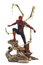 DIAMOND SELECT TOYS Marvel Gallery: Avengers Infinity War Movie Spiderman PVC Gallery Figure